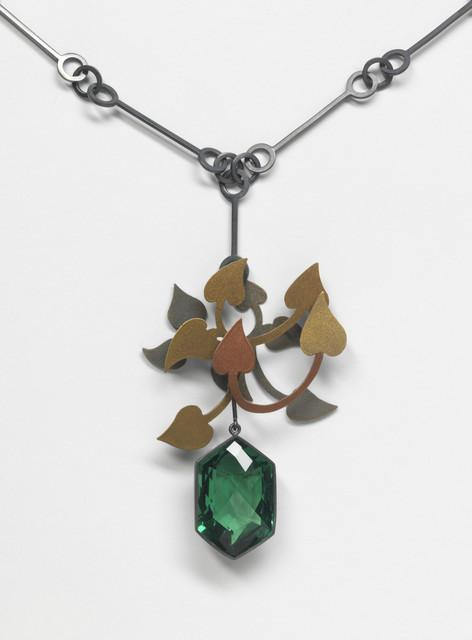 Suzan Rezac. Jewelry. Pendant. Green quartz, mica powder, oxidized silver