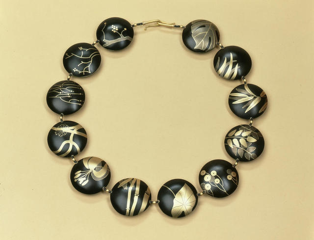 "Suzan Rezac. Jewelry. ""Ikebana"". Necklace. Shakudo, 18K gold, shibuichi. Inlay"